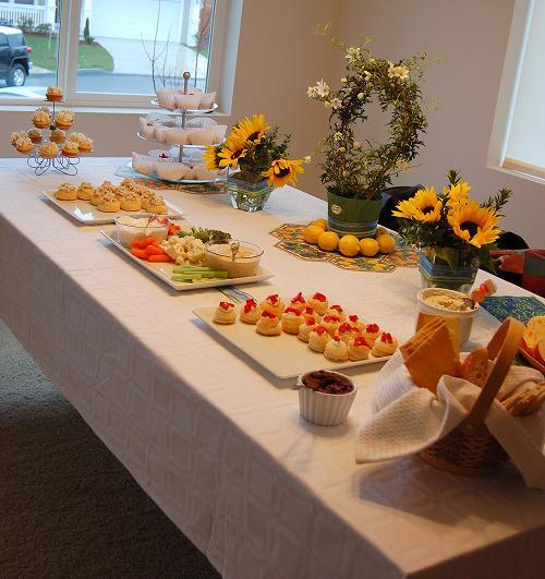 Housewarming the non virtual one sweet recipeas for Easy housewarming party food